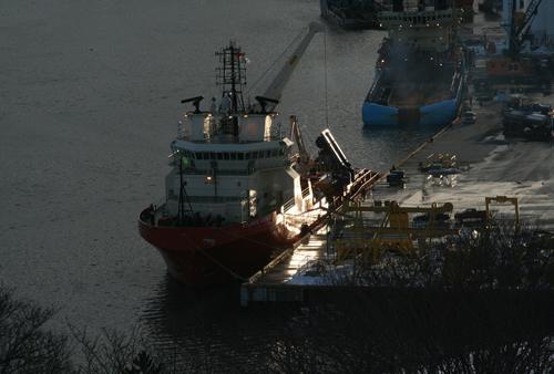 SJ supply ship